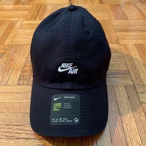 more photos f8c46 3bd23 Nike Air H86 Logo Adjustable 6 Panel Cap